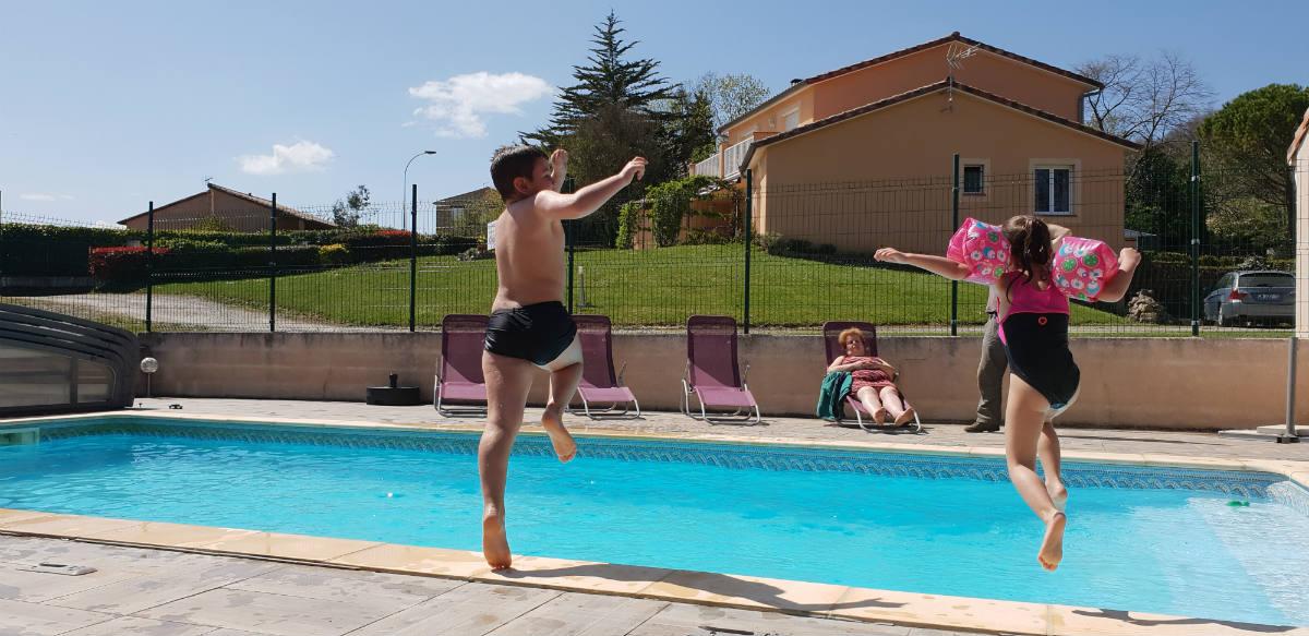 G tes 3 avec piscine en ari ge pays des pyr n es - Gite pyrenees orientales avec piscine ...