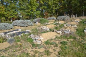 Randonnée: Balade Tabariane. Nécropole proche de Mirepoix en Ariège